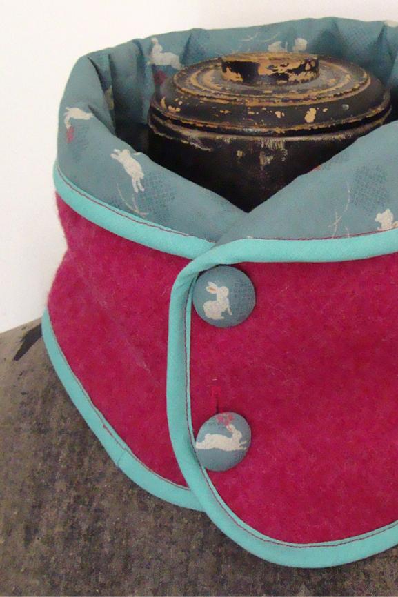 Col laine bouillie framboise et imprime lapin japonais tissumi