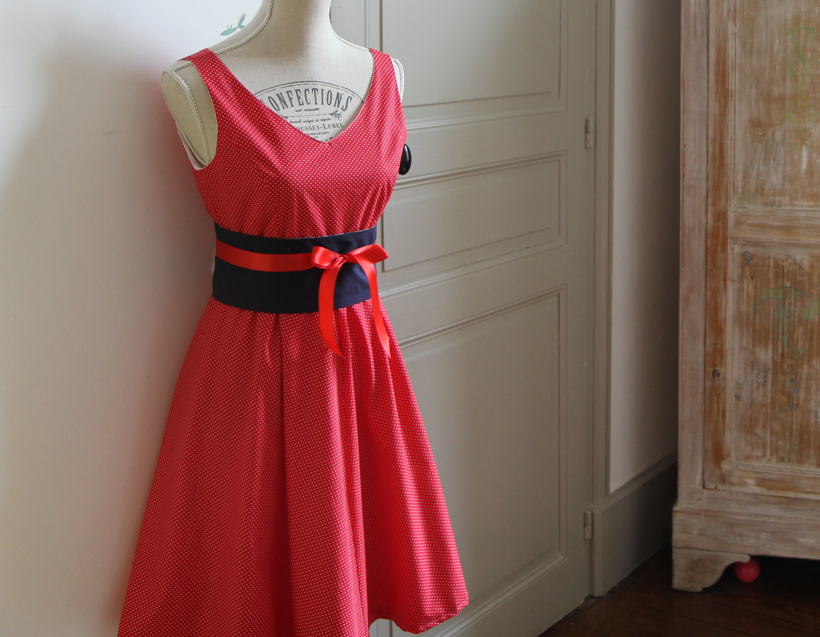 Robe bustier rouge pois